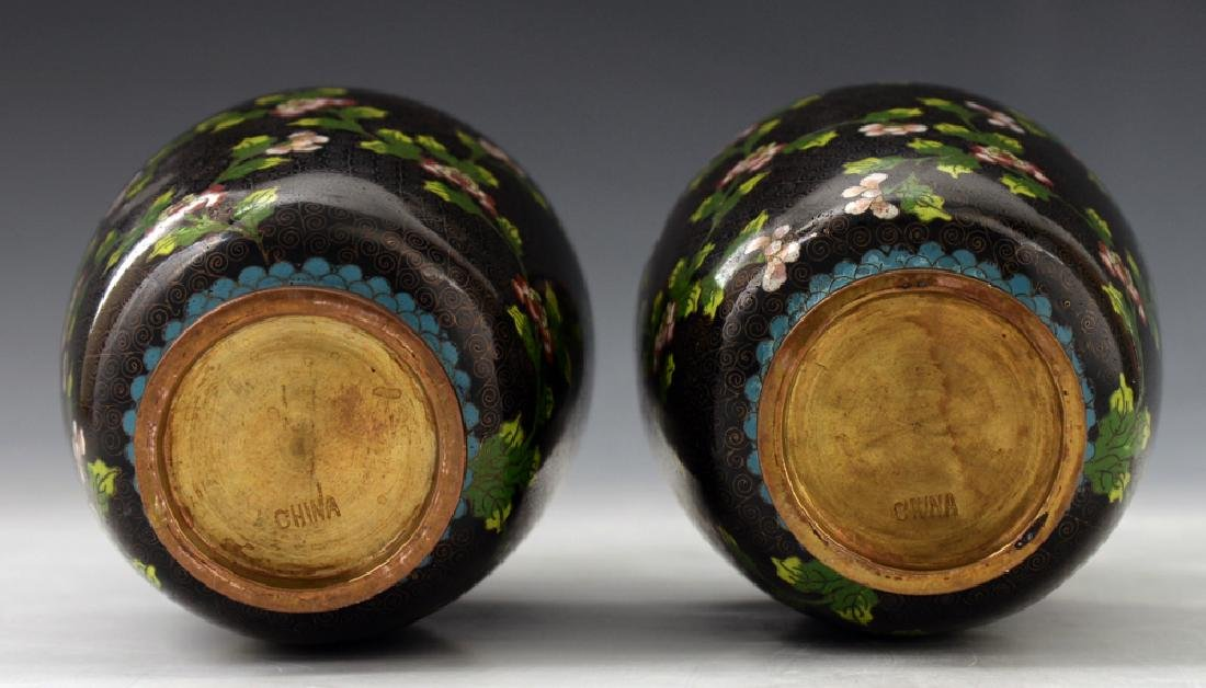 A Pair of Chinese Cloisonne Vase - 5