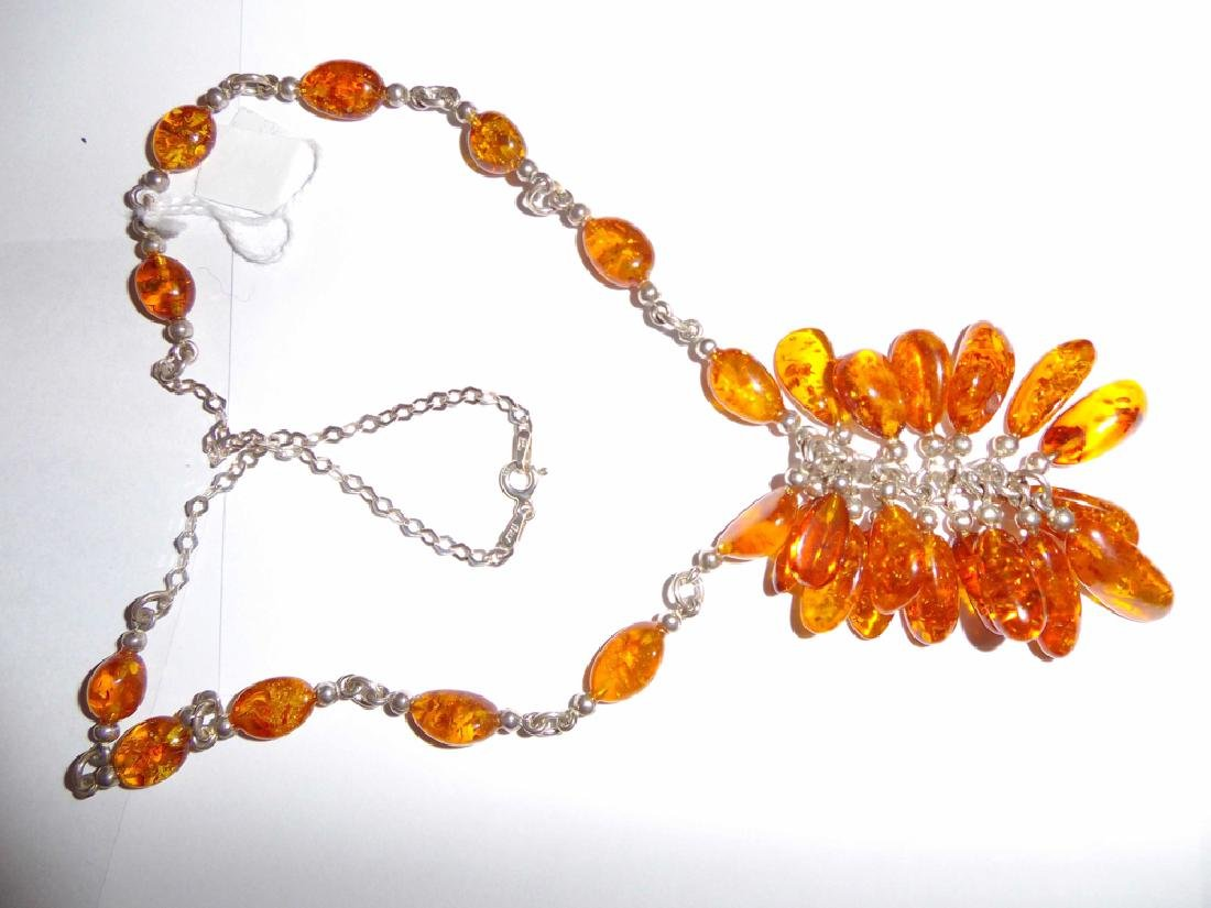 """A Natural Amber Necklace,10 1/2"""" x 2 - 2"""
