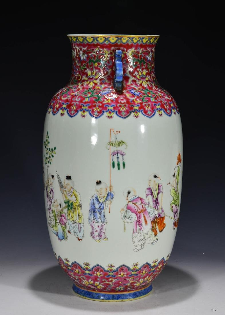 CHINESE 19 TH C FAMILLE ROSE VASE - 7