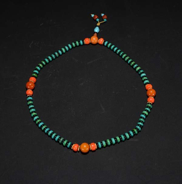 A Melachite and Coral Necklace
