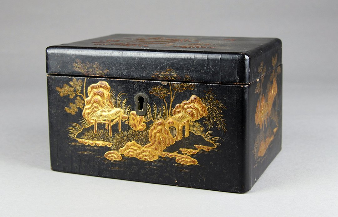 A Painted lacquer box ,Qing Dynasty