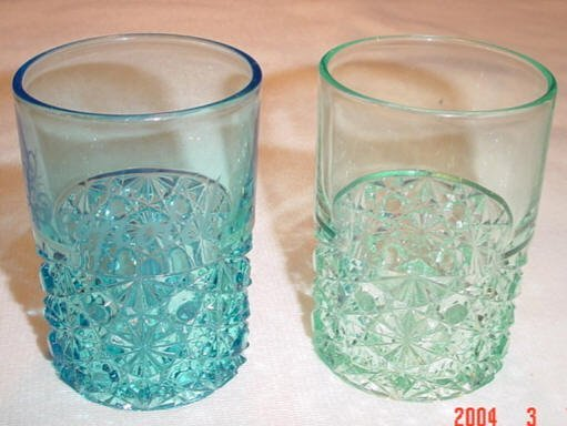 205: Blue & Green Daisy & Button Tumblers