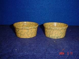 Pair of spongeware bowls.