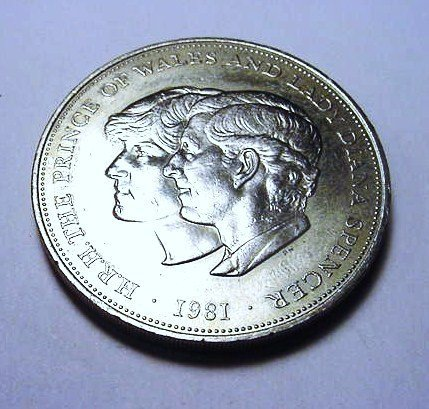 1981 PRINCE CHARLES & LADY DIANA SPENCER CROWN COIN