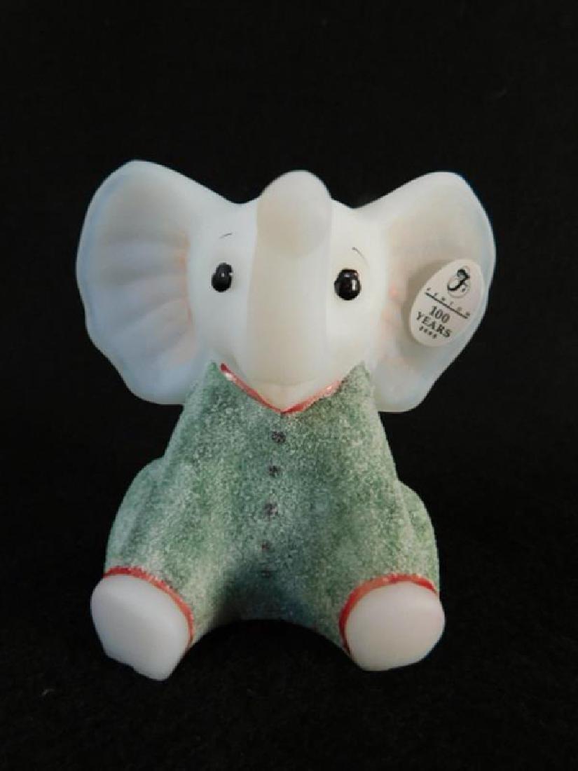 FENTON ART GLASS USA HANDPAINTED OPAL SANDED ELEPHANT