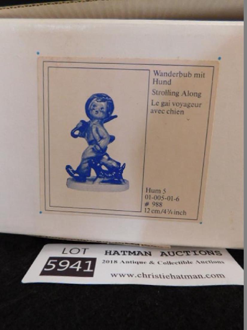 HUMMEL GOEBEL BERTA M.I. STROLLING ALONG 4.25INCHES - 4