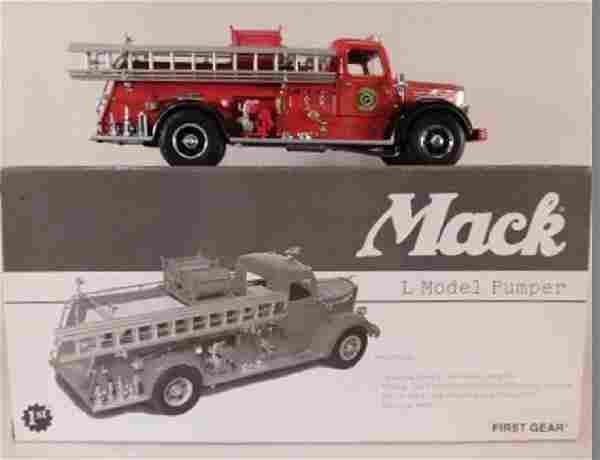FIRST GEAR RESCUE MACK L MODEL PUMPER DIE CAST TRUCK