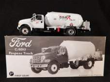 FIRST GEAR FORD F 650 PROPANE TRUCK DIE CAST ANTIQUES