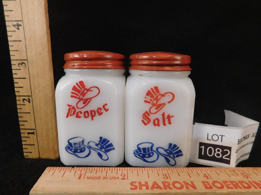 VINTAGE SALT AND PEPPER SHAKERS - 2