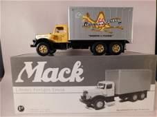 FIRST GEAR MACK L MODEL FRIEGHT TRUCK CAMPBELL EXPRESS