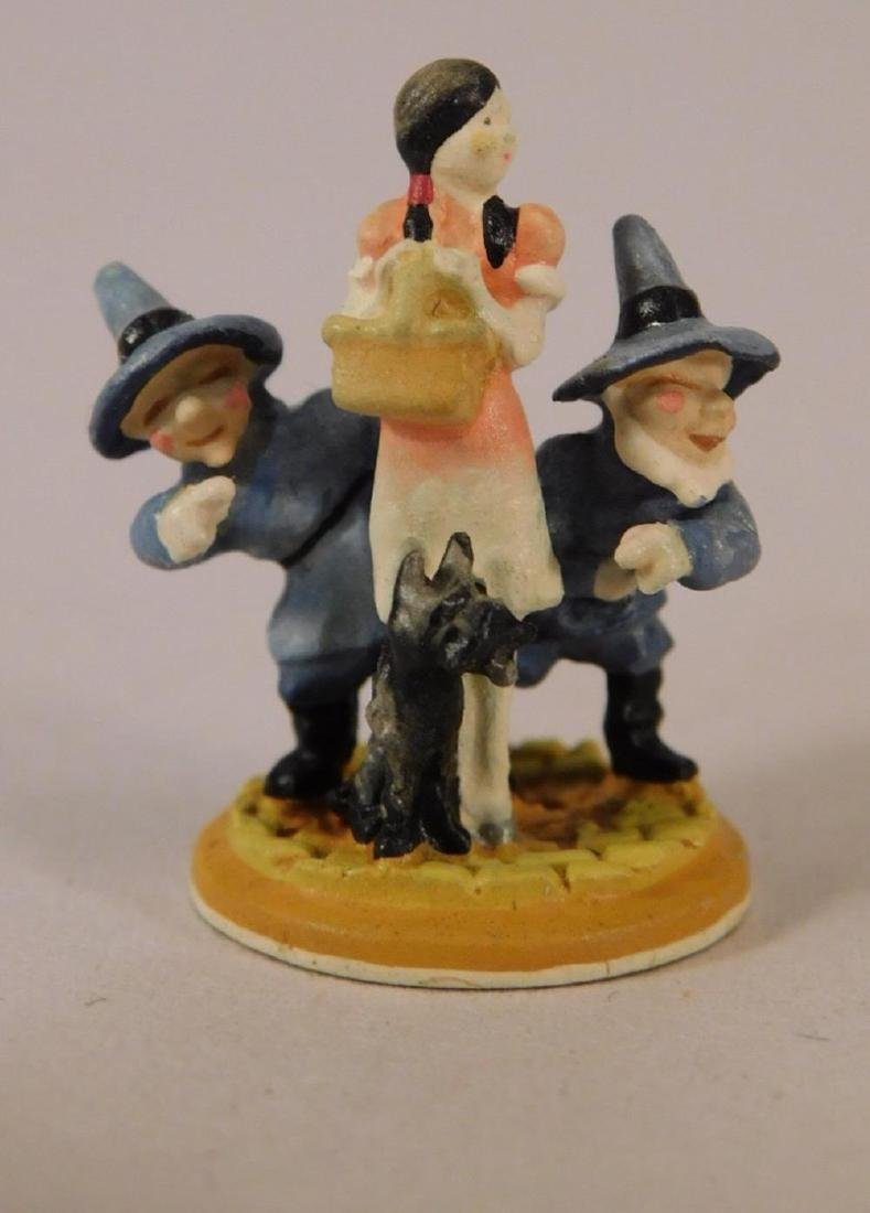 OLSZEWSKI DISNEY MINIATURE COLLECTIBLE WIZARD OF OZ