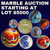 SWIRL AGGIE MARBLE   VINTAGE ANTIQUE COLLECTION MARBLES