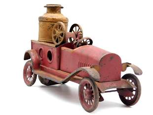 FIRE TRUCK WITH DRIVER TOY TIN LITHO WINDUP VINTAGE