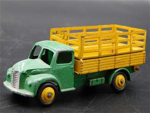 DINKY TOYS DODGE DELIVERY TRUCK MADE IN ENGLAND TOY