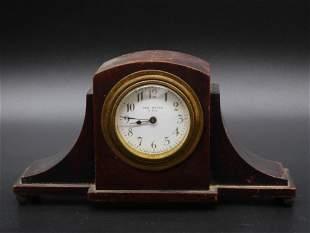 NEW HAVEN MANTLE CLOCK ANTIQUE& VINTAGE