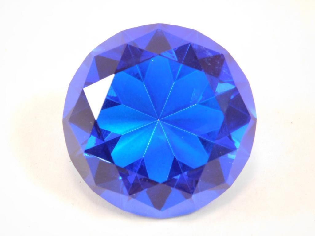 DISPLAY DIAMOND 235 CARAT ROCK STONE LAPIDARY SPECIMEN