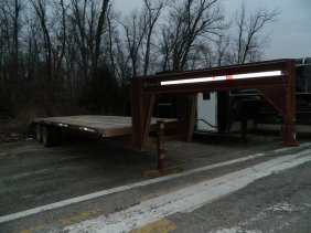 26 foot Flatbed Trailer w/4 ft. Dovetail Ramp