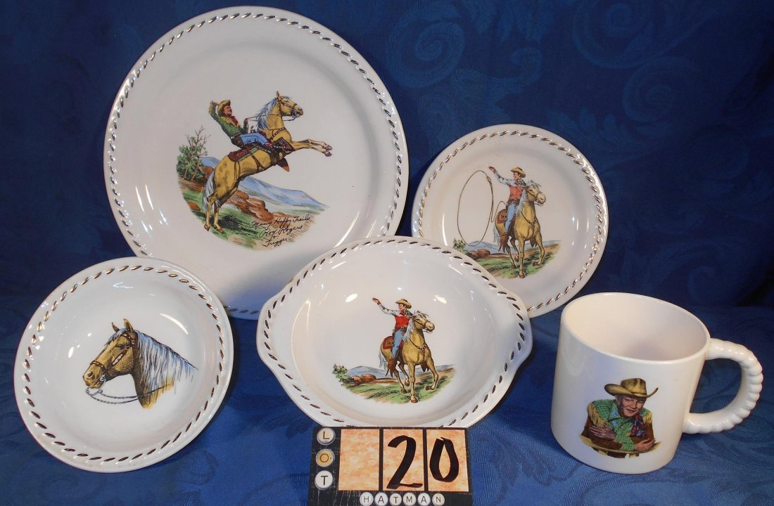 """ROY ROGERS DINNER WARE ONE SIGNED """"MANY HAPPY TRAILS"""