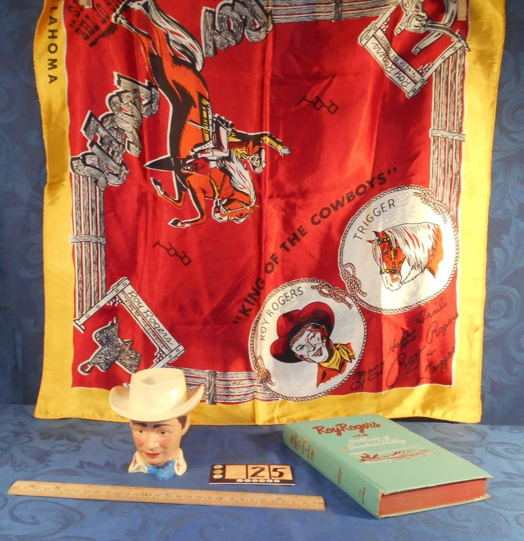 ROY ROGERS KING OF THE COWBOYS BANDANA BANK AND BOOK