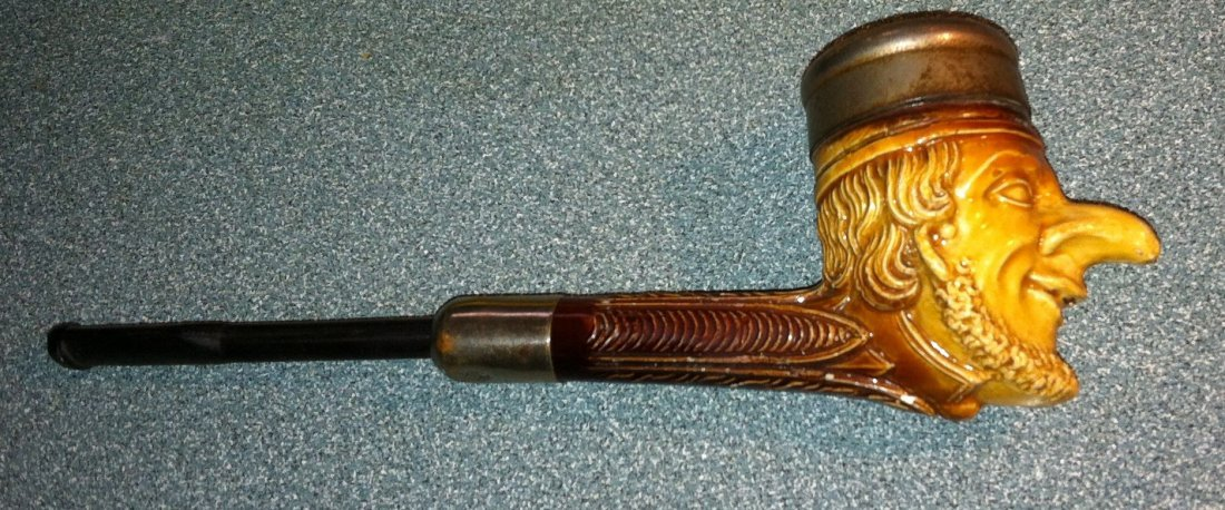 Antique Punch from Punch & Judy Ckay Pipe c1850's