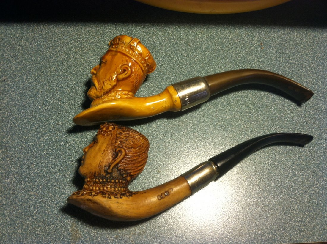 King Edward & Queen England c1905 Clay Pipe Set