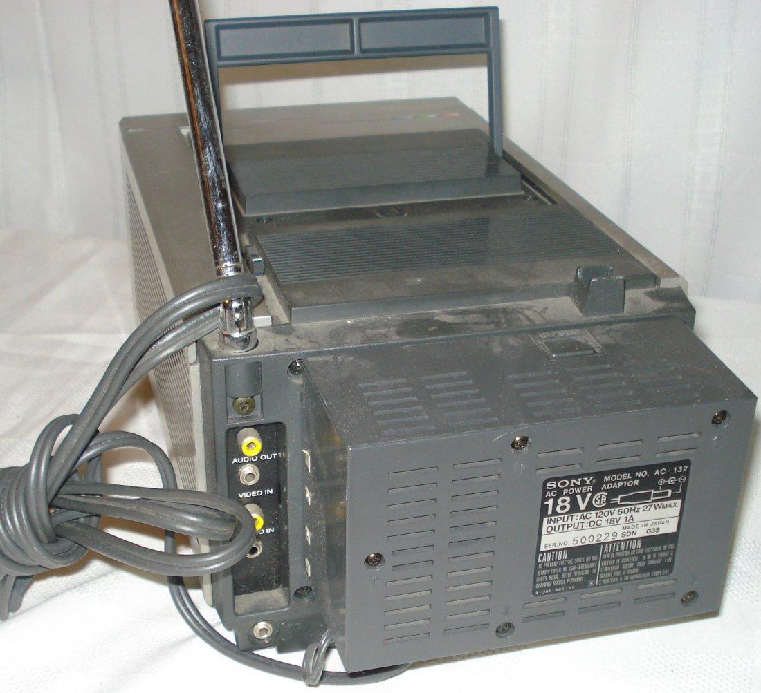 Sony Trinitron 5-inch color tv - 3