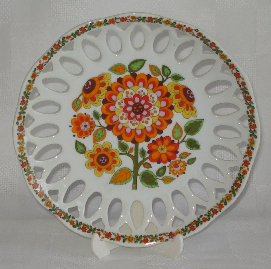 Schmidt (Brazil) porcelain plate