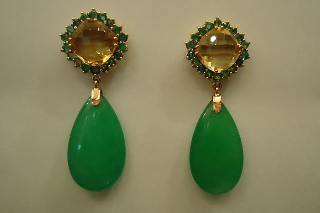 GOLD EARRINGS WITH EMERALDS, CITRIN & JADE