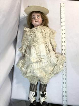 Victorian Porcelain Head Doll Has Teeth w Functioning