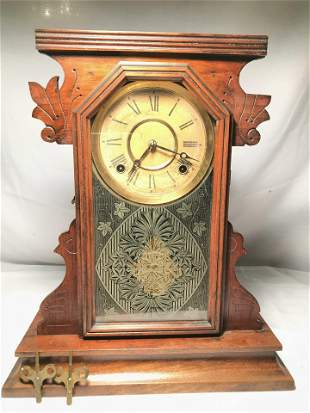 Victorian Mantle Clock Key Wind