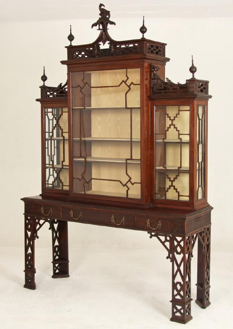 CHINESE CHIPPENDALE STYLE MAHOGANY BREAKFRONT CABINET