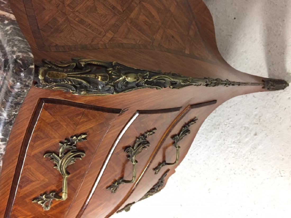 LOUIS XV STYLE BOMBE SHAPED COMMODE - 3