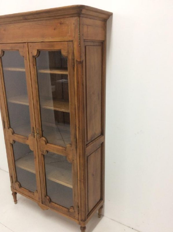 FRENCH PROVINCIAL FRUITWOOD VITRINE - 2