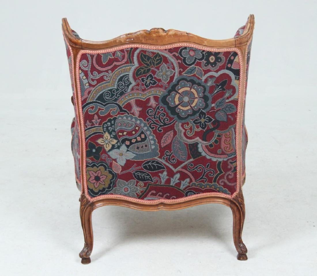 LOUIS XV STYLE CARVED WALNUT BERGERE - 3