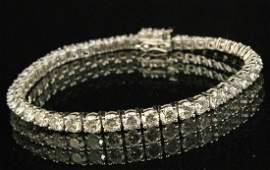 PLATINUM FLEXIBLE DIAMOND BRACELET; 11.37 CTW