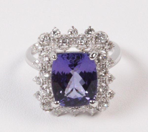 14K WHITE GOLD DIAMOND AND TANZANITE LADIES RING
