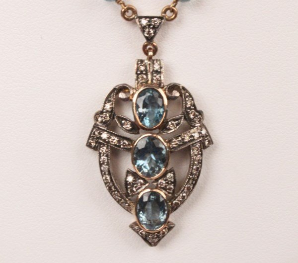 18K YELLOW GOLD AQUAMARINE AND DIAMOND NECKLACE