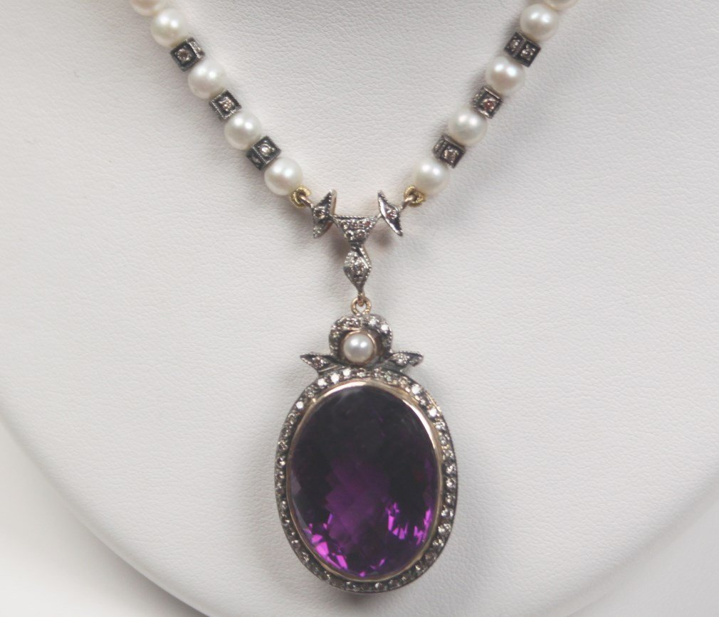 18K AMETHYST, DIAMOND AND PEARL NECKLACE