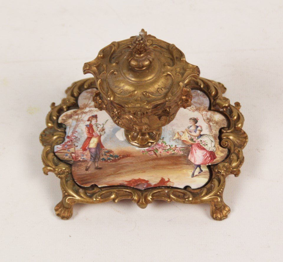 FRENCH HAND PAINTED PORCELAIN INKWELL - 3