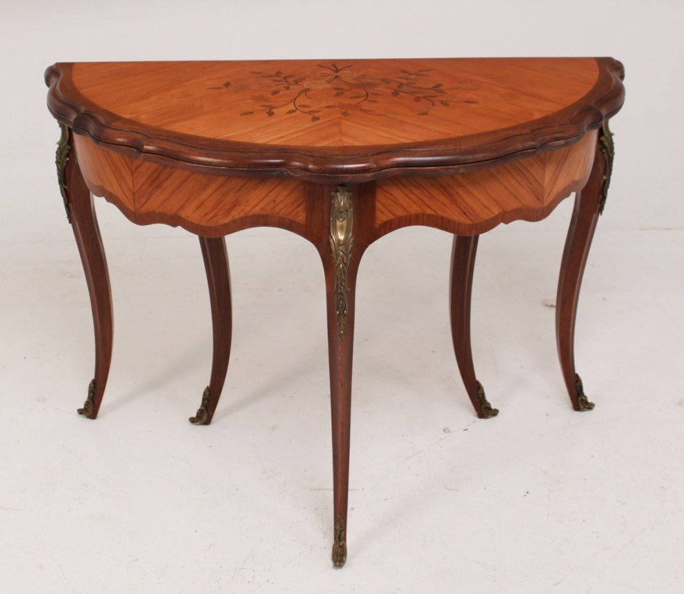 LOUIS XV STYLE KINGWOOD MARQUETRY INLAID GAME TABLE