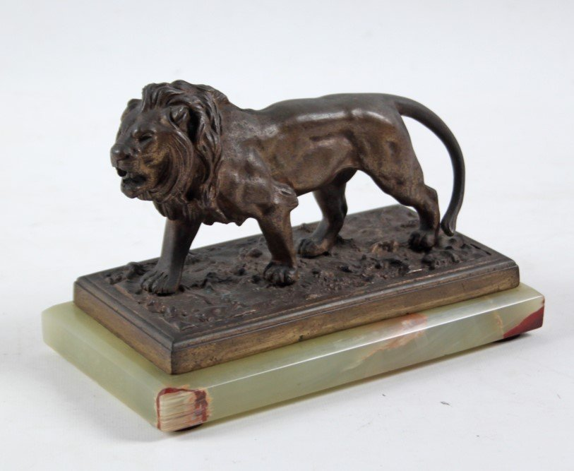 FRENCH BRONZE STATUE OF LION