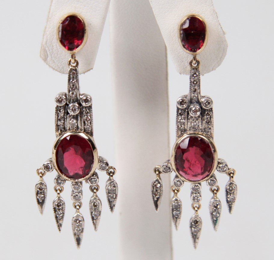 PAIR OF 18K GOLD DIAMONG AND TOURMALINE ART DECO STYLE