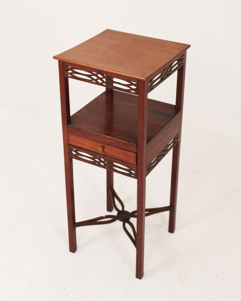GEORGE III MAHOGANY 2 TIER KETTLE STAND