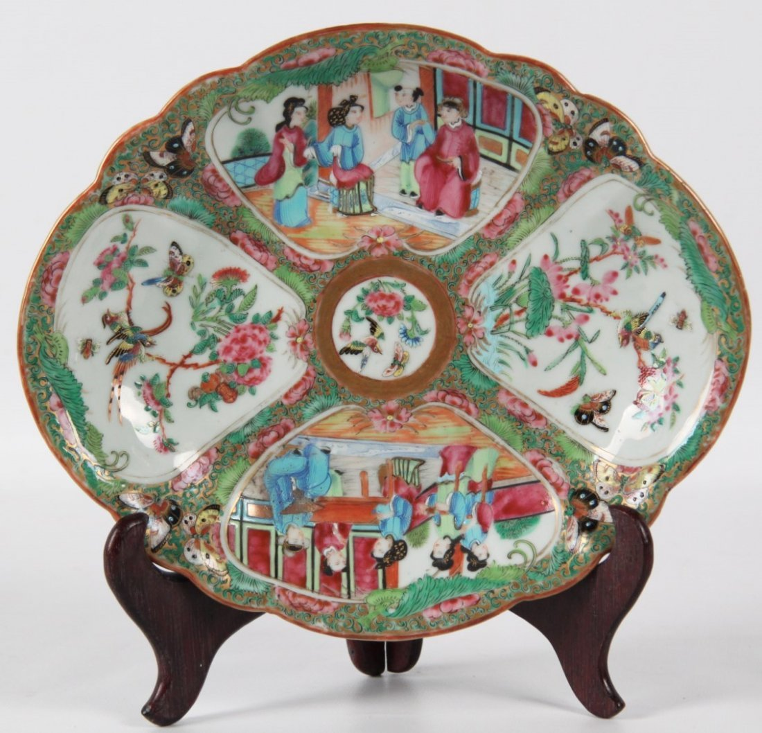 19TH C. CHINESE ROSE MEDALLION DISH