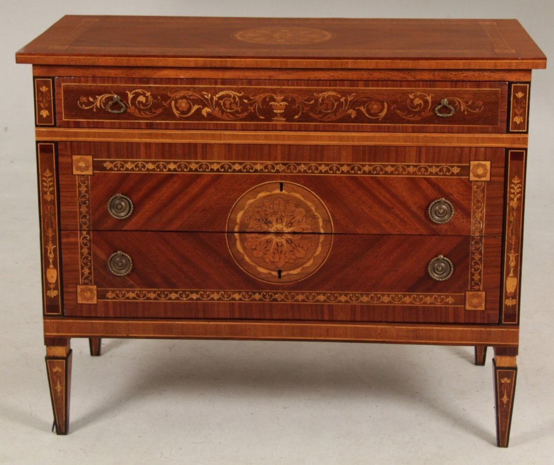 ITALIAN FINE MARQUETRY INLAID MAHOGANY AND ROSEWOOD