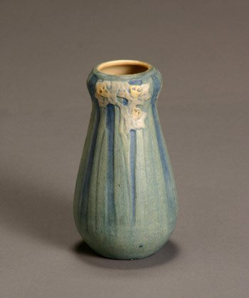502: Newcomb College Matte Glaze Vase Decorated by Anne