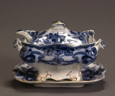 15: Burgess & Leigh Flow Blue 'Burleigh' Sauce Tureen a