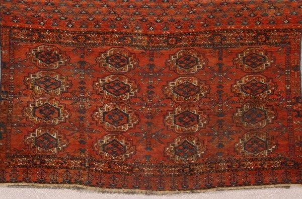 1006: Turkoman Rug Second Quarter 20th Century 3 ft x 4