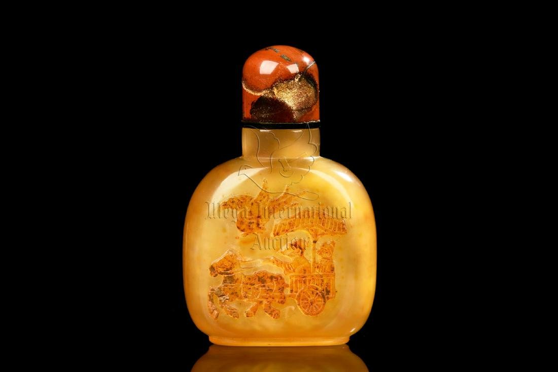 AGATE CARVED 'CARRIAGE' SNUFF BOTTLE