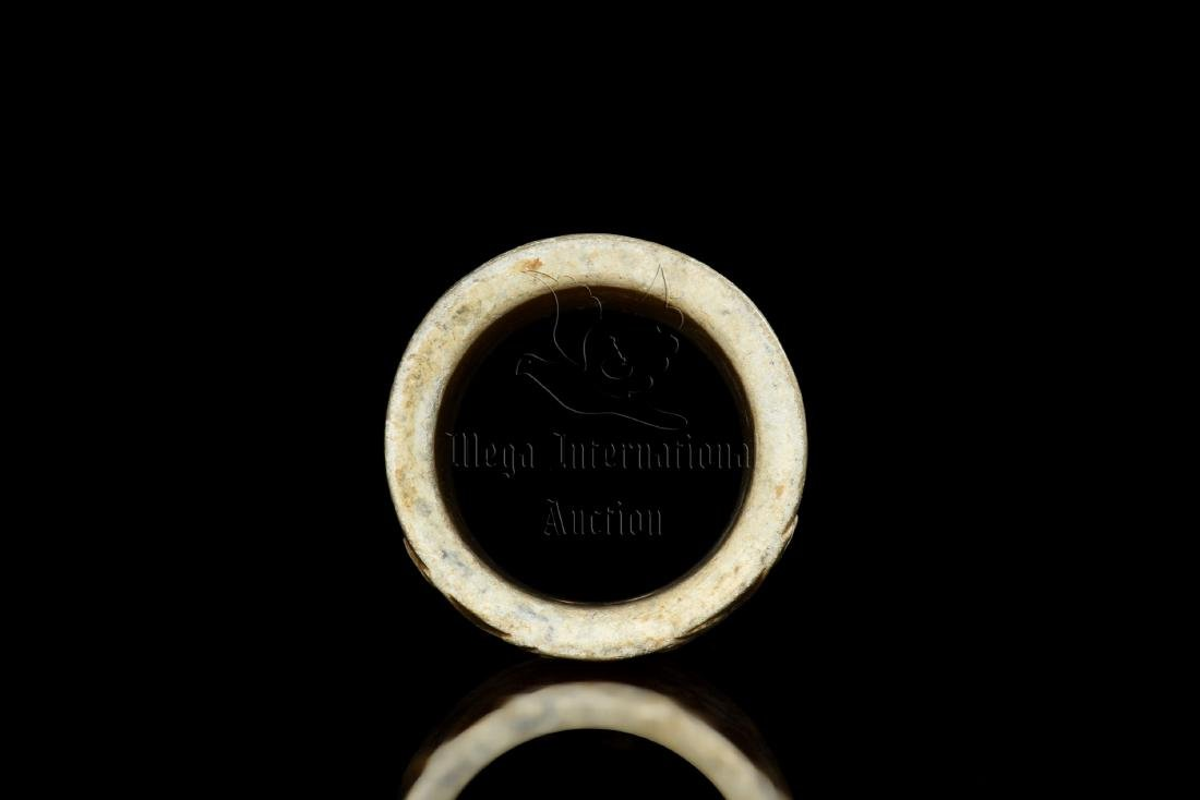 JADE CARVED TAOTIE MASK THUMB RING - 6